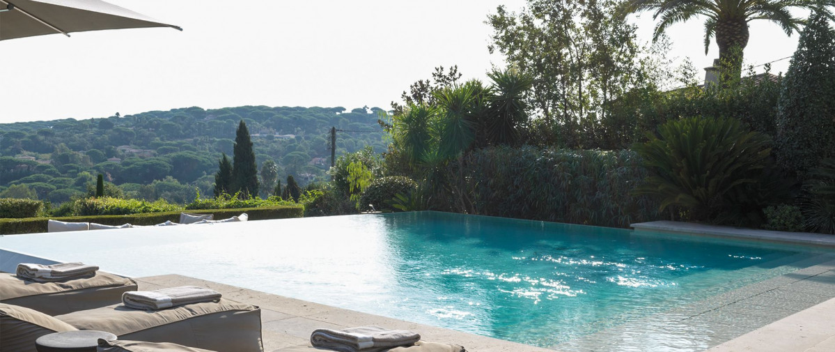 saint-tropez-france-piscine-lieu-evenementiel-prestige